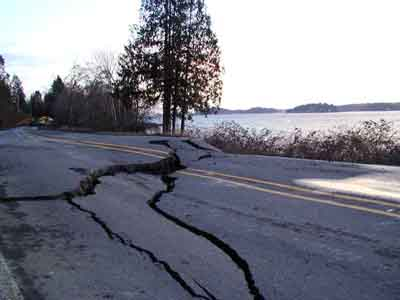 Hwy302 after Nisqually EQ