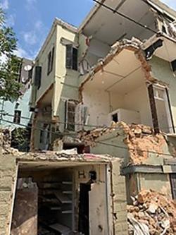 damaged building in Beirut
